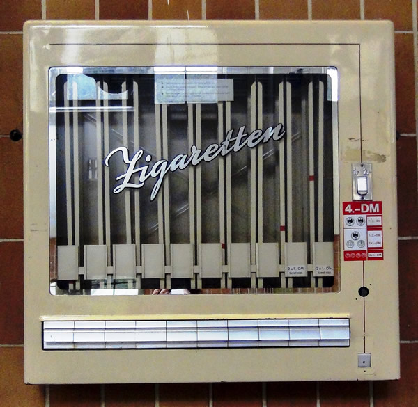 Zigarettenautomat in der Waschkaue am Rammelsberg