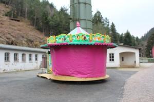 Neu! Ein karusell auf der Werkstrasse.