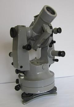 Theodolit von 1955 aus der Rammelsberger Sammlung