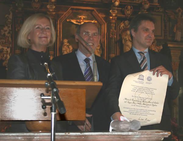 Ministerin Wanka, UNESCO-Deutschland-Präsident Hirche, Landrat Manke